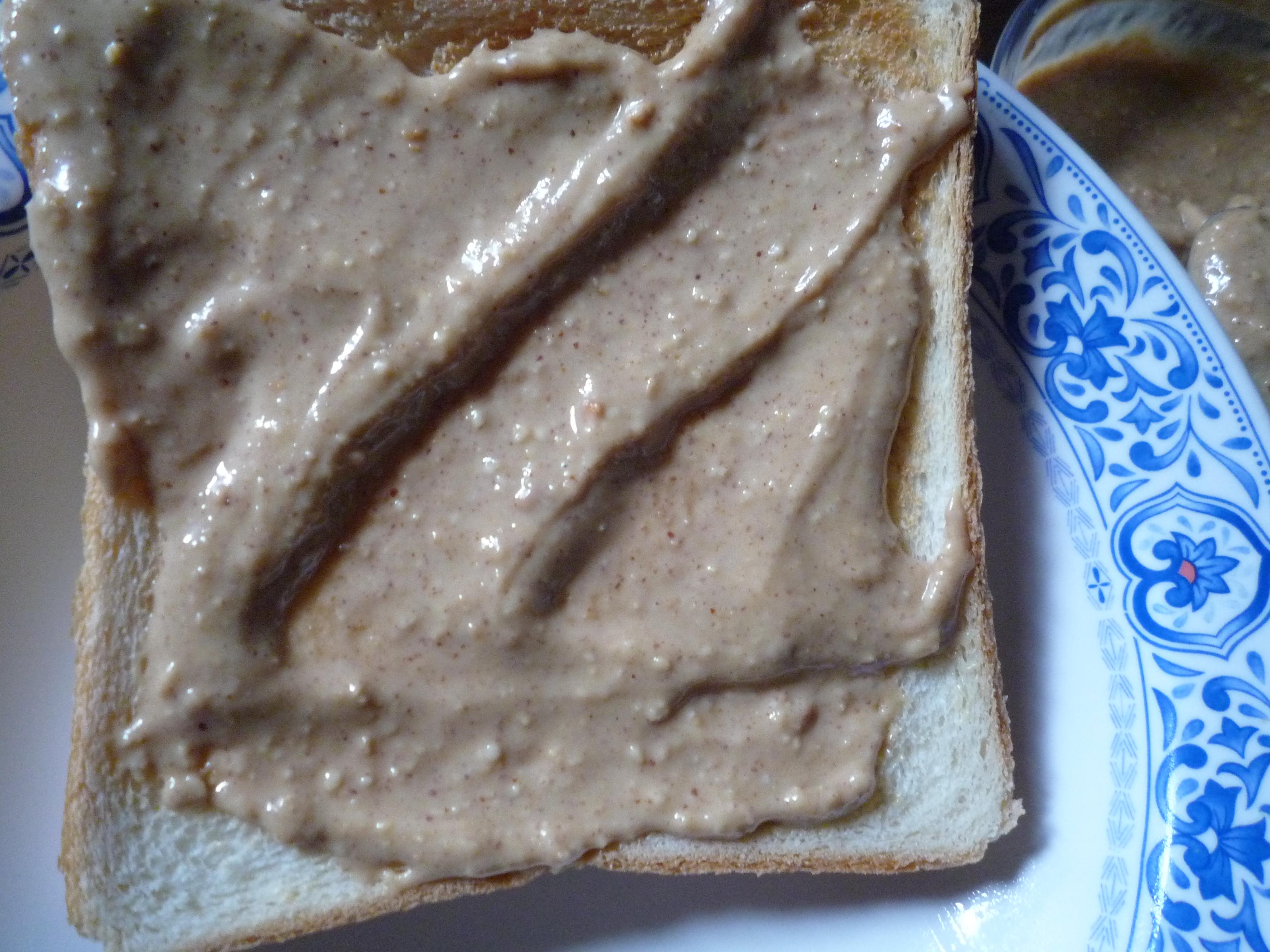 欧都香 ピーナッツバター パン