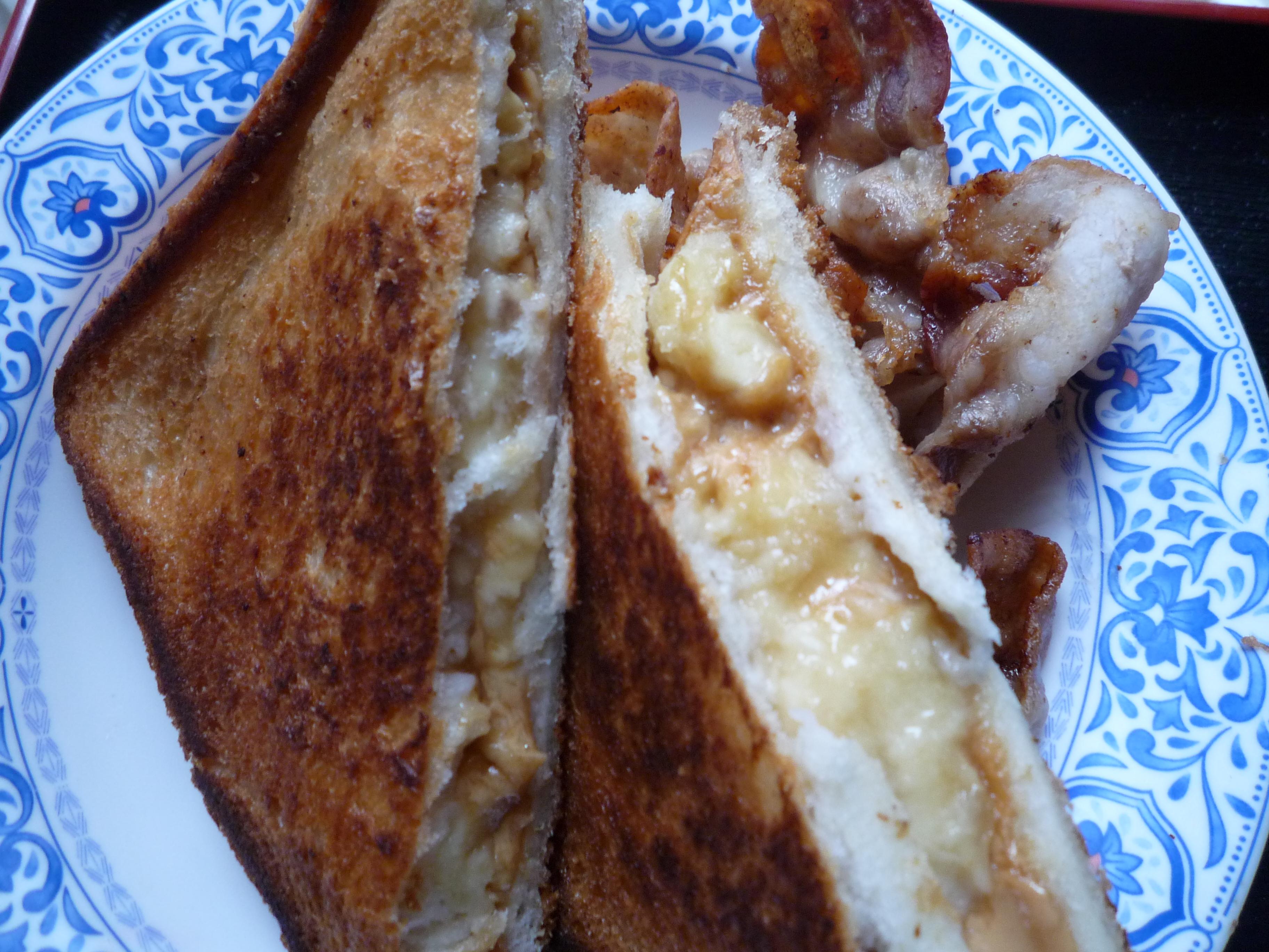 エルビスサンド ピーナッツバターとバナナのグリルドサンドイッチ11
